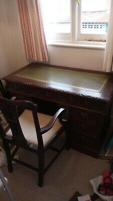 19th Century Victorian Oak Twin Pedestal Desk with Chair