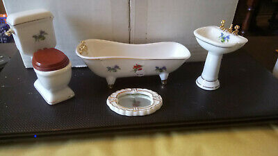 Dolls House Furniture Bathroom Suite
