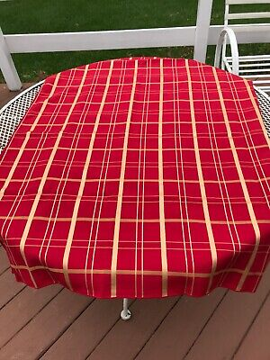 """Vintage Tablecloth red gold cotton poly blend 84 X 60"""" oblong Valentine's Day"""