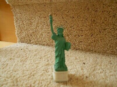 "4.5"" Statue of Liberty Figurine Base and New York City"