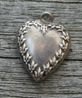 VINTAGE STERLING SILVER PUFFY HEART CHARM - Crosshatch Border with Engraving