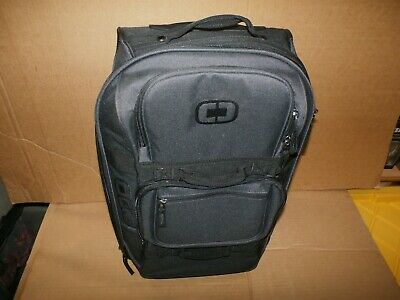 New OGIO LAYOVER STEALTH WHEELED ROLLING SUITCASE/LUGGAGE/CARRY-ON