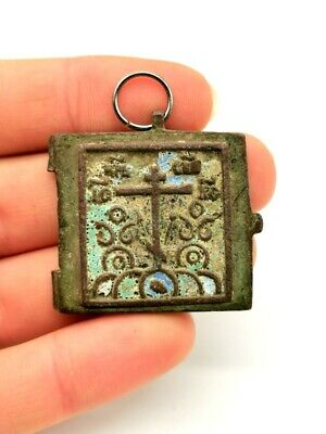 Post Medieval Ca.1600 Ad Bronze Religious Icon Withe Saint And Enamel  - R 902