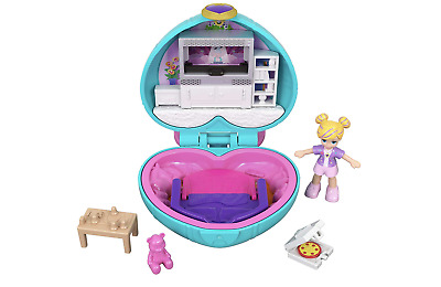 Polly Pocket GCN07 Tiny Pocket Places Polly Sleepover Compact Toy with Doll