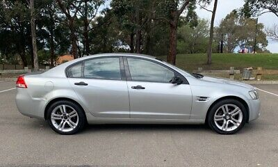 2007 Holden Commodore VE Omega Duel fuel LPG / petrol automatic silver sedan