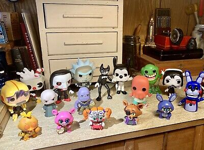 Funko Pop Lot Exclusives Saw Five Nights at Freddies Marvel Bendy Avengers +++
