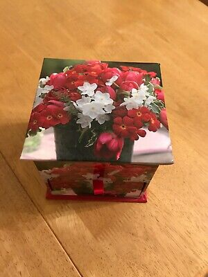 FLORAL PATTERN NOTE PAD BOX WITH KOTE PAPER INSIDE ( Pretty )