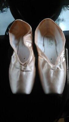 Grishko Fouette Pointe Shoes 7.5UK / XX / Medium Shank