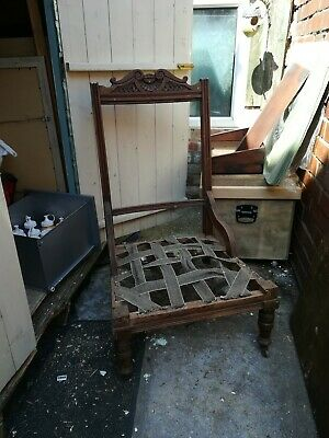 Victorian nursing chair With Porcelain Castors