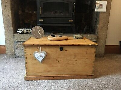 Antique CHEST, Wooden TRUNK, Storage BOX, Coffee TABLE, Vintage, Rustic,Toy Box.