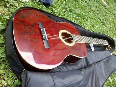 Guitare folk acoustique HARLEY BENTON / Finition brillante rouge