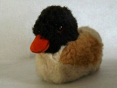 Vintage STEIFF WAGGI DUCK with SQUEAK Complete with its Button and Tag 3243/16
