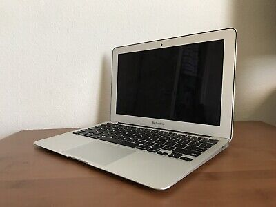"Apple MacBook Air  11"" Core i5 1.6GHz 4GB RAM 128GB SSD 11 inch   Early - 2015"