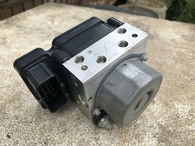 Yamaha R1 ABS Pump Module Regulator 2CR 2015-2018 OEM