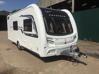 Coachman Vip 520 2016 4 Berth Caravan With Powrtouch Mover - Only Used 3 Times