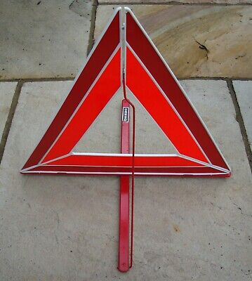 CLASSIC CAR DESMO No.159 ADVANCE WARNING TRIANGLE IN VERY GOOD USED CONDITION