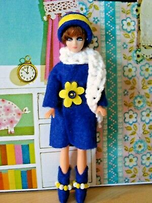 Topper Dawn doll OUTFIT BLUE  FELT JACKET  with HAT AND SCARF ..very nice