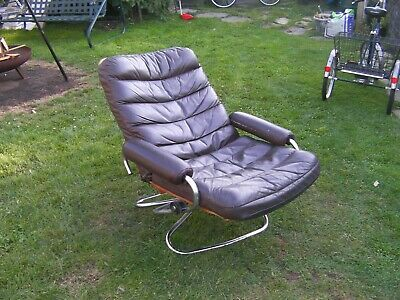 VINTAGE LEATHER RECLINER swivel chair Ekornes style