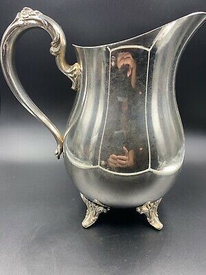 Oneida Silverplate Holloware Water Pitcher w/Ice Lip