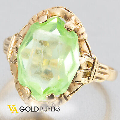1940's Antique Art Deco 10k Yellow Gold Ladies Peridot Cocktail Ring - Size 5.5