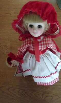 """Effmbee 11"""" Red Riding Hood and costume in v good conditionUsed"""