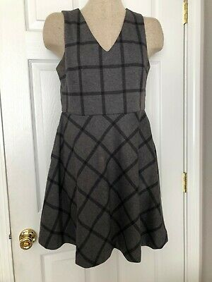 Banana Republic Fit & Flare Grey and Black Dress womans's size 8P