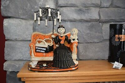 Yankee Candle Boney Bunch Scary Poppins Mary! Comes with one Voltive! Wicked!