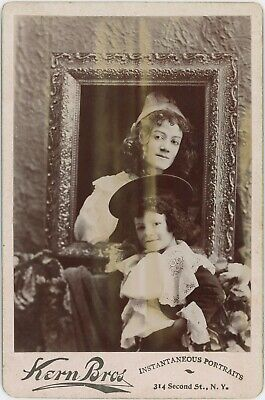 Unusual Composed Woman In Frame With Son New York Cabinet Card Photo 3070