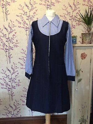 Vintage Womens Early 70s Overall Pinafore Style Nylon Zip Front Dressed