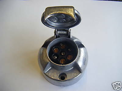 7 Pin 12N Metal Towing Socket For Trailer Caravan 12V