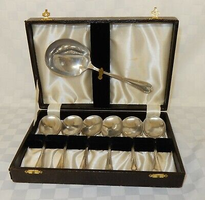 Vintage Boxed Set of Mappin and Webb Princes Plate Scalloped Dessert Spoons