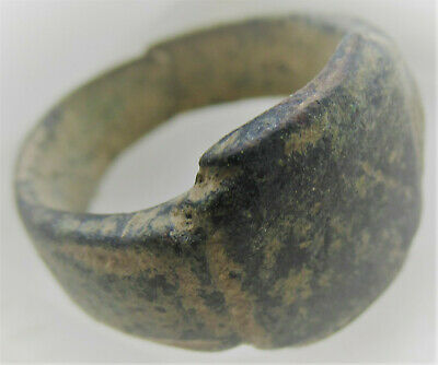 Detector Finds Ancient Roman Mens Bronze Signet Ring