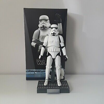 Hot Toys 1/6 Scale figure Star Wars ROTJ STORMTROOPER ** NO DELUXE STAND **