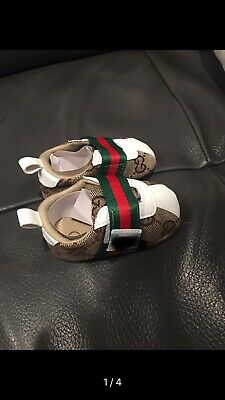 Baby shoes fashion size 6-12m