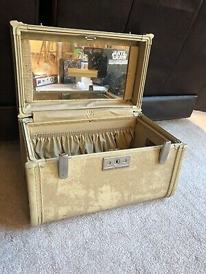 Vintage Train Cosmetics Case Royal Traveler Tan Marbled With Mirror