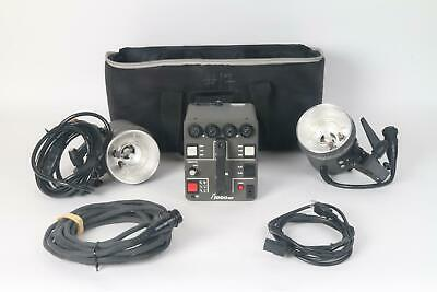Dynalite M1000ER Power Pack W/ Two 2040 Flash Head Kit, Case, AC power Supply