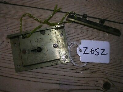 Antique Brass Box / Cabinet Lock And Keep (Z65Z)
