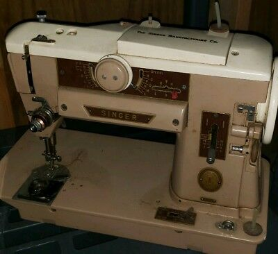 Vintage Portable Singer 401A Slant O Matic Sewing Machine AS IS