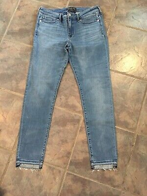 Abercrombie & Fitch Signature Collection Women's Skinny Destroyed Hem Jeans 30