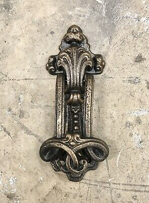 Cast Iron Bronze-Colored Shell Crested Vintage Door Knocker