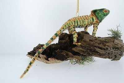 "Kubla Articulated ""Gold-Green"" Chameleon. Reptile. Lizard.  4148gr"