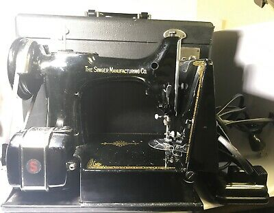 Vintage Singer Featherweight Sewing Machine AK595909 W/ Case & Accessories