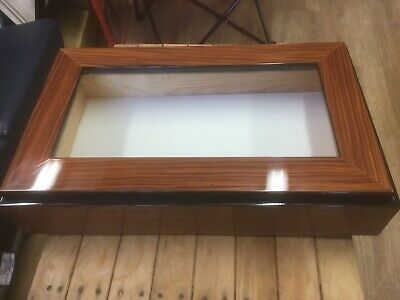 Bespoke Handmade High Gloss Rosewood Veneer Lidded Display Box