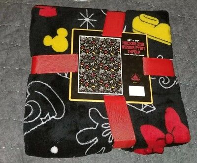 NEW Disney Parks Magic Kingdom Mickey Minnie Icons Print Fleece Throw Blanket