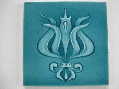 ANTIQUE MOULDED & MAJOLICA GLAZED ART NOUVEAU TILE - H & R JOHNSON - c1909