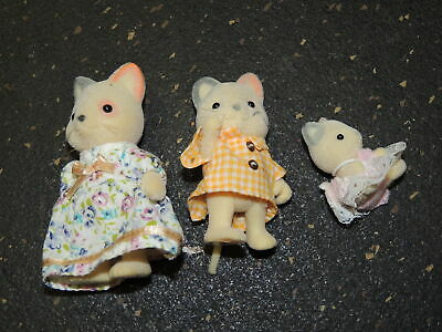Sylvanian Families Calico Critters Cat Kittens Lot of 5