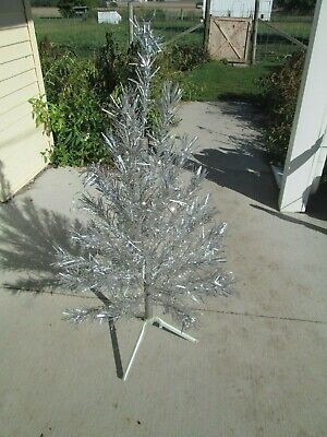 Vtg 4' Foot 40-Branch Stainless Aluminum Specialty Christmas Tree & Instruct Box