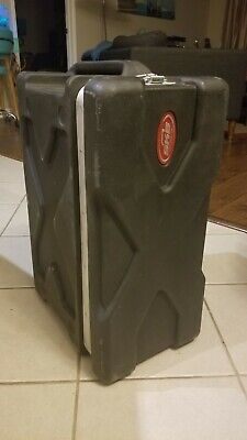 SKB 4 Space 4U Rack Case Road case14 inch deep by 21-1/2 wide . USA