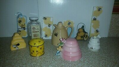 Lot Vintage Honey Bee Bumblebee Collection Jar Pot Measuring Cups Candle Hive