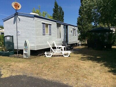Holidays Near The Beach 4 Berth Caravan To Hire in St-Jean De Monts, France